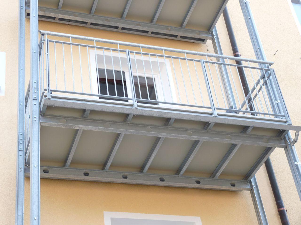 vogt balkon partner f r nachtr glichen balkonanbau in m nchen vogt balkone im fokus. Black Bedroom Furniture Sets. Home Design Ideas